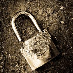Broken Lock15